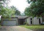 Foreclosed Home in RUNNINGBROOK CIR, Memphis, TN - 38141