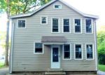Foreclosed Home en PEARL ST, Plainville, CT - 06062