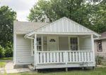 Foreclosed Home en N 8TH ST, Salina, KS - 67401