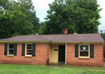 Foreclosed Home en WELLS STATION RD, Memphis, TN - 38122