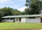 Foreclosed Home en ASH ST, Pittsburg, TX - 75686