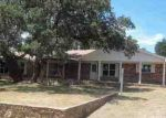 Foreclosed Home en LIVE OAK, Tow, TX - 78672