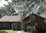 Foreclosed Home en COUNTY ROAD 702, Cleburne, TX - 76031