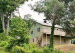 Foreclosed Home en LAKESIDE DR N, Belvidere, NJ - 07823