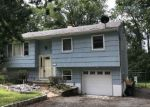 Foreclosed Home en MARNE RD, Hopatcong, NJ - 07843