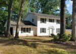 Foreclosed Home en CASTLE DR, Lawrenceville, GA - 30044