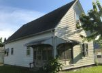 Foreclosed Home en W 10TH ST, Bicknell, IN - 47512