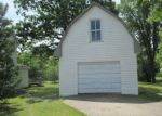 Foreclosed Home en ELK ST NW, Warroad, MN - 56763