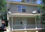 Foreclosed Home en RUSLING ST, Trenton, NJ - 08611