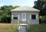 Foreclosed Home en W DAKOTA AVE, Chickasha, OK - 73018