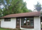 Foreclosed Home en RANDOM RD, Arkansas City, KS - 67005