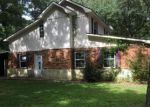 Foreclosed Home en THOMAS DR, Leesville, LA - 71446