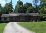 Foreclosed Home en SOUTHGATE DR, Hopkinsville, KY - 42240
