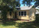 Foreclosed Home en 16TH ST N, Saint Petersburg, FL - 33704