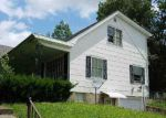 Foreclosed Home en GREEN ACRES DR, Glasgow, KY - 42141
