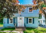 Foreclosed Home en BELLEW RD, East Hartford, CT - 06108