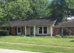 Foreclosed Home en MCKENNA WAY, Louisville, KY - 40291