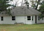Foreclosed Home en S MCMASTER BRIDGE RD, Roscommon, MI - 48653