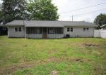 Foreclosed Home en LINCOLN DR, Circleville, OH - 43113
