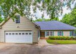 Foreclosed Home en PEBBLE STONE LN, Taylors, SC - 29687