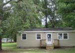 Foreclosed Home en HILDEBRAND DR, Bonneau, SC - 29431