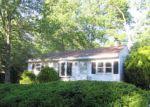 Foreclosed Home en NEW YORK AVE, Lake Hopatcong, NJ - 07849