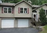 Foreclosed Home en TRAPPER SPRINGS LN, Drums, PA - 18222