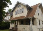Foreclosed Home en BURTON AVE, Akron, OH - 44302