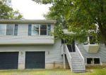 Foreclosed Home en PINE RIDGE DR W, Bushkill, PA - 18324