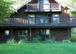 Foreclosed Home en LAKE VIEW CIR, Chepachet, RI - 02814