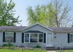 Foreclosed Home en W JEFFERSON ST, Frankfort, IN - 46041