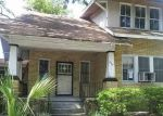 Foreclosed Home en E 37TH ST, Savannah, GA - 31401
