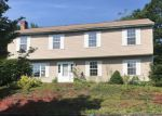 Foreclosed Home en PLANE TREE RD, Stratford, CT - 06614