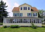 Foreclosed Home en COFFIN ST, Howland, ME - 04448