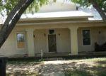 Foreclosed Home en HUBER RD, Seguin, TX - 78155