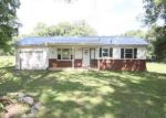 Foreclosed Home en S LIBERTY CHURCH RD, Clarksville, TN - 37042