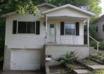 Foreclosed Home en UPTON AVE, Akron, OH - 44310