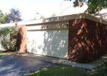 Foreclosed Home en GREENBRIAR LN, Lorain, OH - 44053