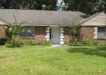 Foreclosed Home in DEERFIELD LN, Jackson, MS - 39211