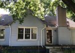 Foreclosed Home en PANAMA AVE, Warren, MI - 48091