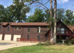 Foreclosed Home en J RD, Waterloo, IL - 62298