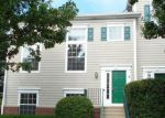Foreclosed Home en VILLAGE CENTER PKWY, Aurora, IL - 60506