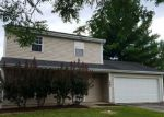 Foreclosed Home en PORTSMOUTH DR, Island Lake, IL - 60042
