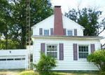 Foreclosed Home en N 3RD ST, Girard, IL - 62640