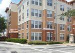 Foreclosed Home en MIDTOWN PKWY, Jacksonville, FL - 32246