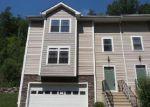 Foreclosed Home en STETSON PL, Danbury, CT - 06811