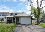 Foreclosed Home en INVERNESS DR, Elgin, IL - 60120