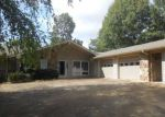 Foreclosed Home en FAIRWAY DR, Horseshoe Bend, AR - 72512