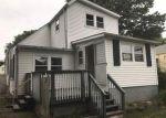 Foreclosed Home en FINLEY ST, Norwalk, CT - 06850
