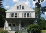 Foreclosed Home en PARK ST, Manchester, CT - 06040